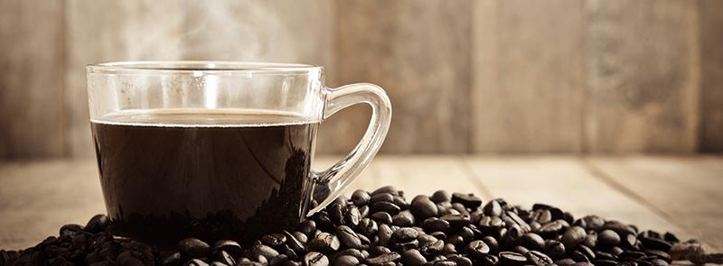 cafea proaspat prajită, boabele de cafea, gustul cafelei, aroma